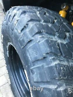 Bf goodrich mud terrain tyres 255/85/16 Land Rover modular wheels 4x4 off-road