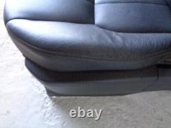 Discovery 4 Front Seats Pair of Black Leather Land Rover 2009 to 2016 K12041