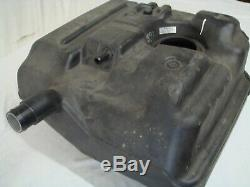 Land Rover Defender 110 Plastic Fuel Tank WFE000440 (New Take Off Old Stock)