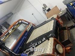 Land Rover Defender 90 300tdi winch challenge Truck Off Roader