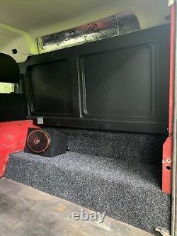 Land Rover Defender 90 4x4 Off Road