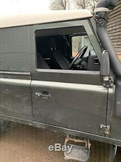 Land Rover Defender TDCI Off Side Front Right Hand Door Complete
