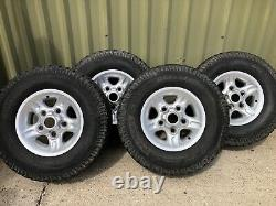 Land rover defender/discovery Genuine DeepDish alloy wheels with off road tyres